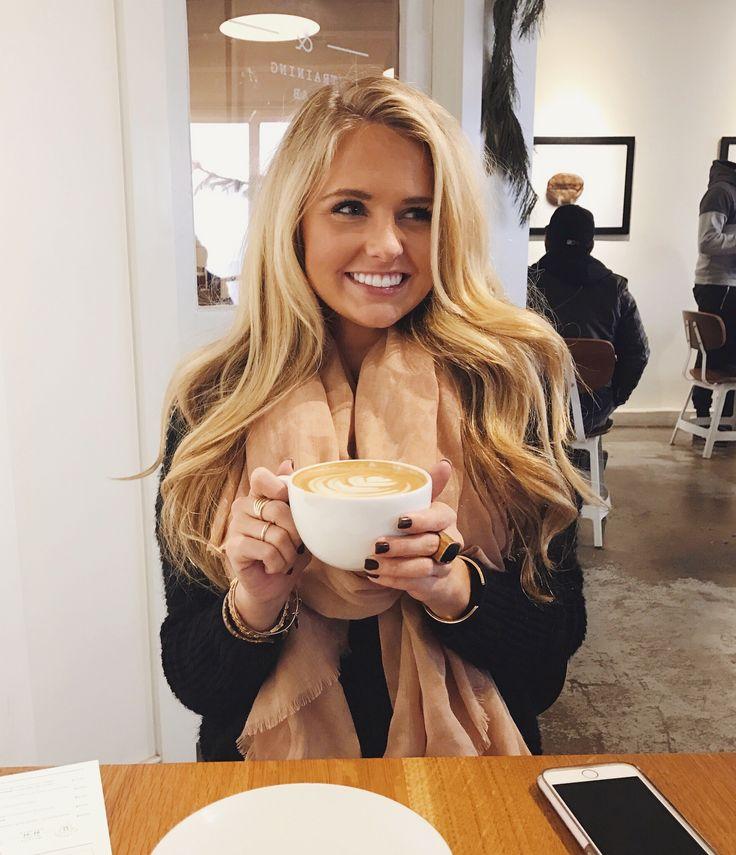 Coffee shop pics || blonde hair inspo Insta: @shealeighmills