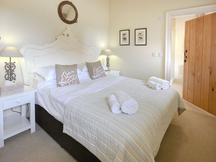 405 best Cosy English Cottage Style - Bedroom images on Pinterest ...
