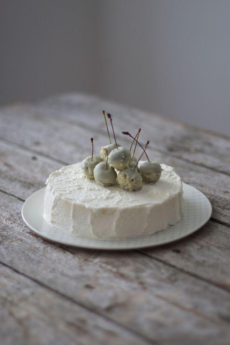 glutenfree white mousse au chocolate cake