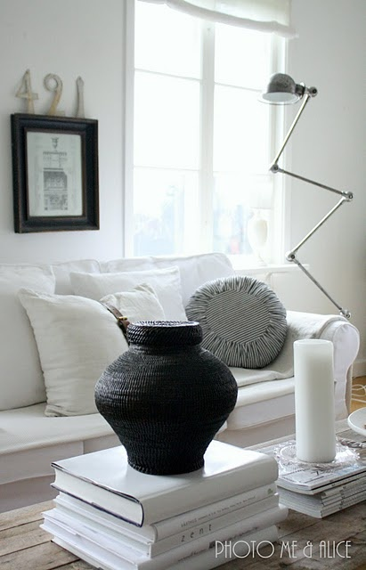 love the idea of an all black and white room, but we will have to wait about 18 years to have white furniture...then again, with me in the house, we should probably never have white furniture!