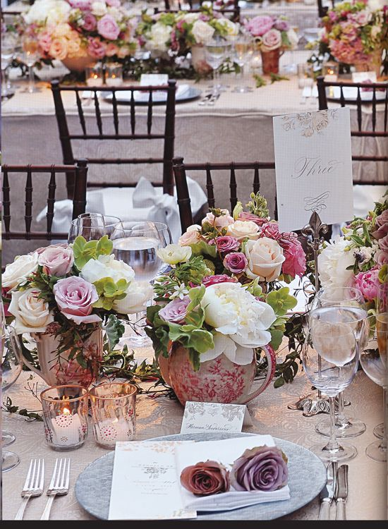 Exquisite table setting/Preston Bailey Flowers Any questions, feel free contact us: plushflowers@rogers.com