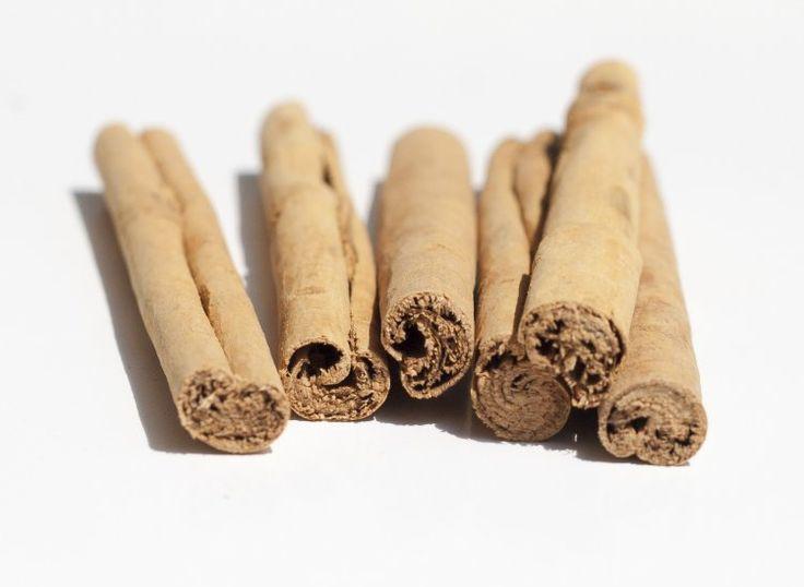 Skořice je u nás málo užívané koření, omezené jen do štrůdlu nebo svařeného vína. Při tom má neskutečné léčivé účinky!