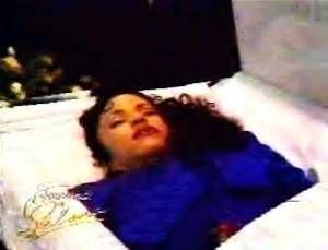aaliyah funeral pictures open casket - Bing Images