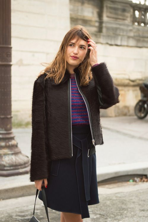 17 best images about jeanne damas on pinterest french beauty off duty and chic. Black Bedroom Furniture Sets. Home Design Ideas