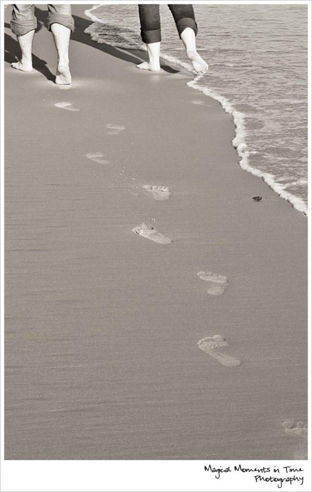 Durban Engagement Session | Magical Moments in Time Photography {Footprints in the Sand}