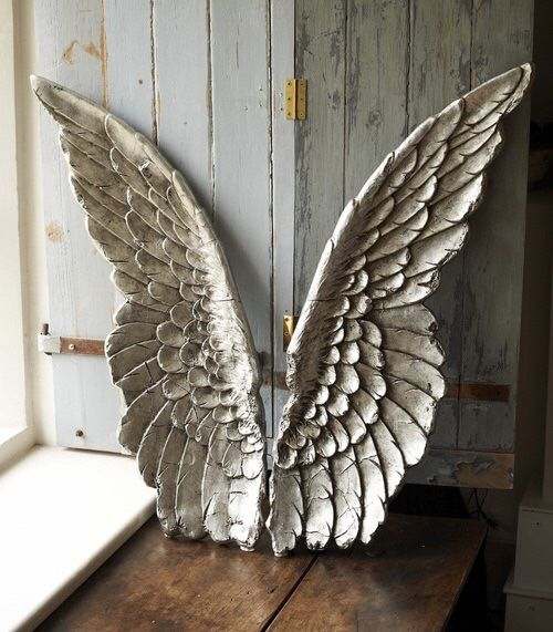 Ah, The Pretty Things and Angel Wings