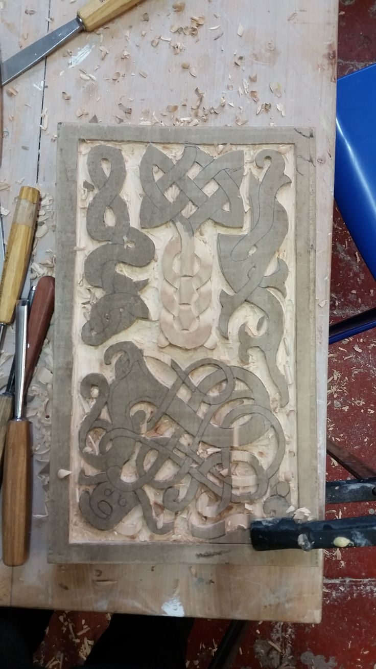 Last week I have been attending the course of Wood Carving at the AdamWilliamson #AdamWIlliamson workshop - Thanks Adam for the brilliant experience! My Norse piece is on the way, I will soon upload more pictures. http://www.adamwilliamson.com