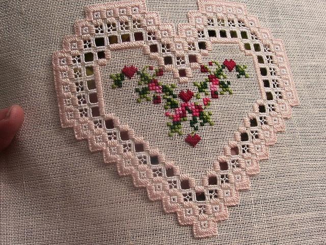 Hardanger Heart by dianezirin, via Flickr Looks like Emie Bishop. I like the pinkish colour of the linen