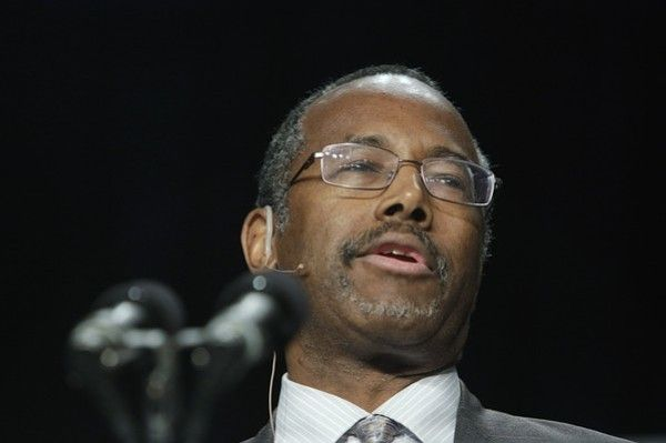 7 Fascinating Facts About Dr. Carson — the Prayer Breakfast Speaker Whose Speech in Front of Obama Went Viral