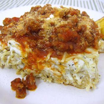 variation of Spaghetti pieSour Cream, Baking Spasagna, Maine Dishes, Ground Beef, 9X13 Pan, Baking Spaghetti, Spaghetti Squashes, Plain Chicken, Baking Spasanga