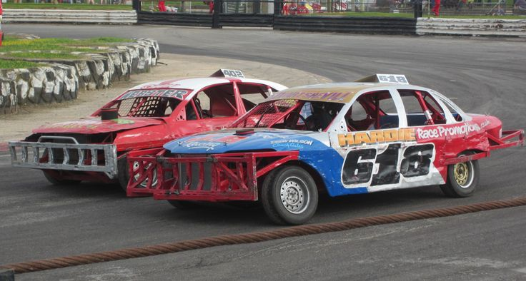 2lt Saloon Stock cars, Skegness Stadium, 22nd June 2014.