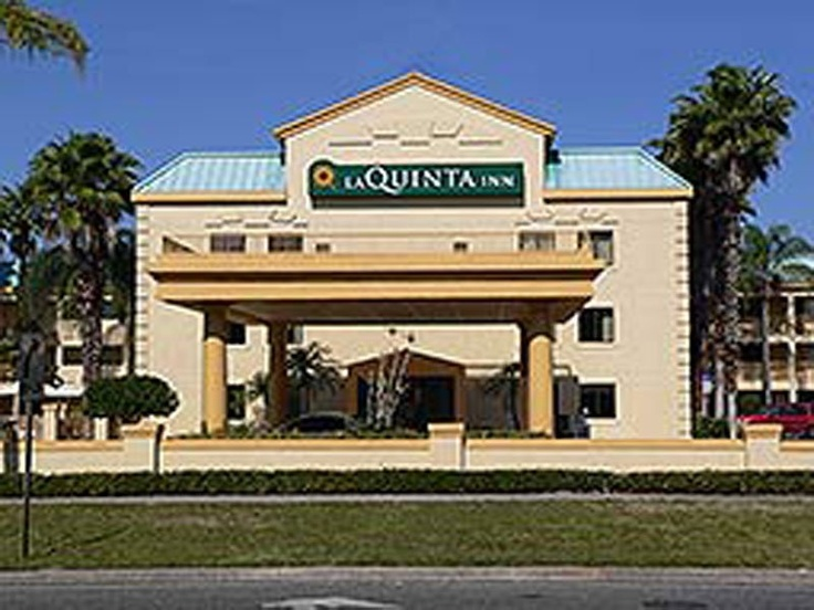 The La Quinta Inn Tampa Near Busch Gardens Offers Comfort And Convenience  Whether Youu0027re On Business Or Holiday In Tampa (FL). The Hotel Offers  Guests A ...