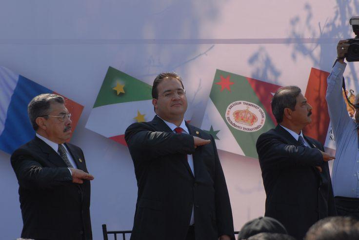 El gobernador del estado de Veracruz, Javier Duarte de Ochoa asistió a la celebración del Día de la Bandera, evento que se llevó a cabo el 24 de febrero de 2011 en Xalapa.