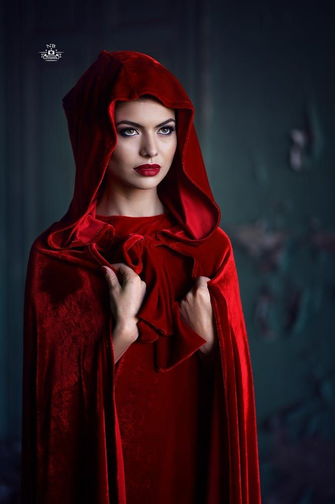 Lady in Red 2 by Bogdan Negoita on 500px