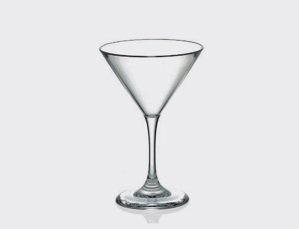Copa cocktail de acrílico. Ideal para eventos en exterior y fiestas. Apto para lavaplatos y microondas.  http://es.ideesdisseny.com/eshop/cocina/servicio-de-mesa/copa-cocktail-acrilica-id-28.htm