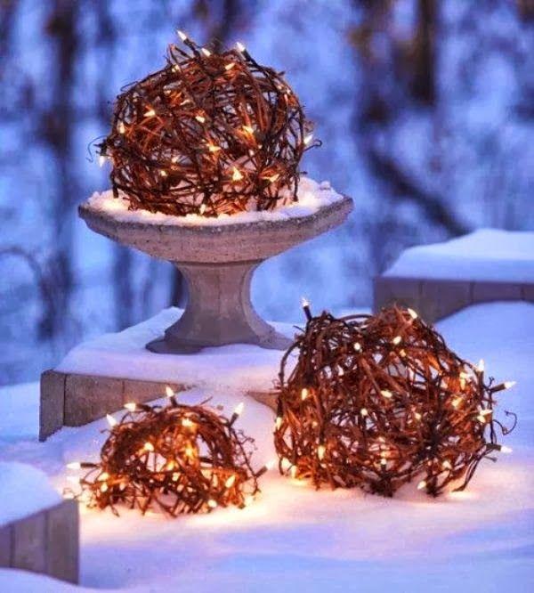 Lighting Idea - Outdoor Christmas Ideas