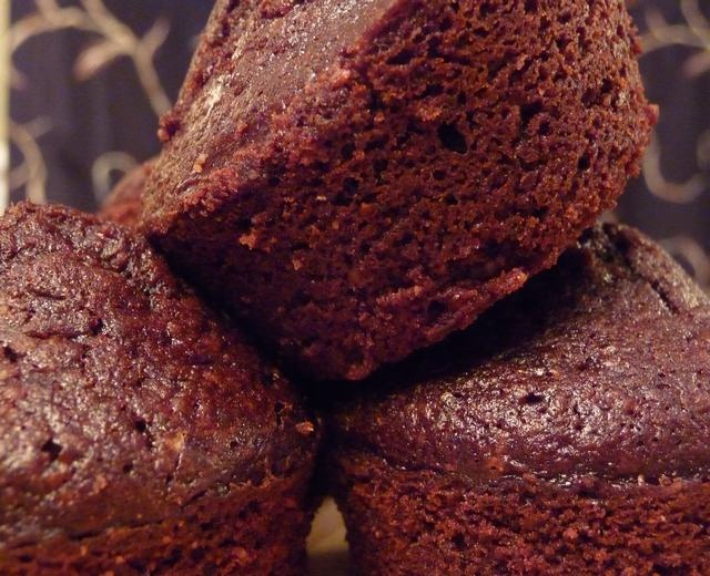 Eat Like Your Grandma: Delicious Flourless Two-Bite Brownies - Freakin Delicious!