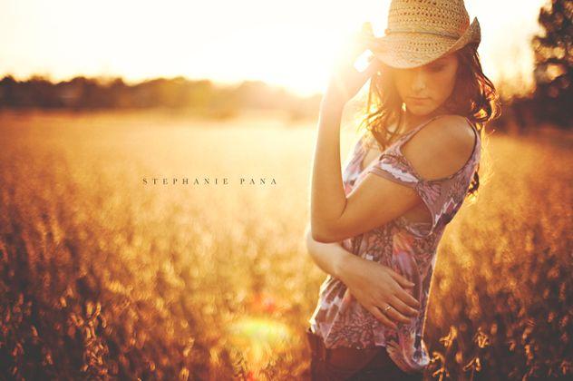 sunset:backlightingSenior Girls Photography, Photography Lights, Country Girls, Pana Photography, Senior Photography, Senior Pics, Stephanie Pana, Sun Flare, Golden Hour