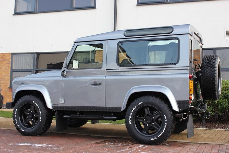 Land Rover Defender - Wax N Vax