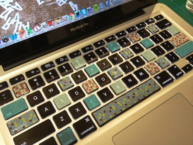 Tired of your dull keyboard - it only takes minutes to update it with washi tape.  Thanks to Plumdeluxe for the link.