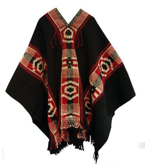 ♪ Typical Chilean craft: Mapuche poncho.