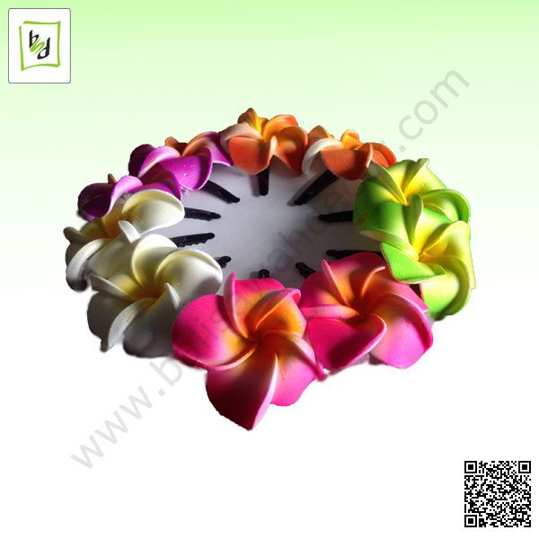 Hair clip made by flower imitation from #balisawahdecor in the #baliisland
