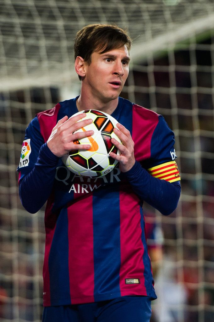 Lionel Messi of FC Barcelona looks on during the La Liga match between FC Barcelona and Getafe CF at Camp Nou on April 28, 2015 in Barcelona, Catalonia.
