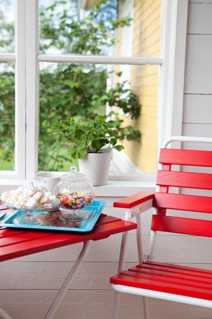 Varax 305 Tuoli ja 401 Pöytä. Retro Ulkokalustesetti - Varax Stol 305 och bord 401 Utemöbel - Varax chair 305 and table 401 retro garden set