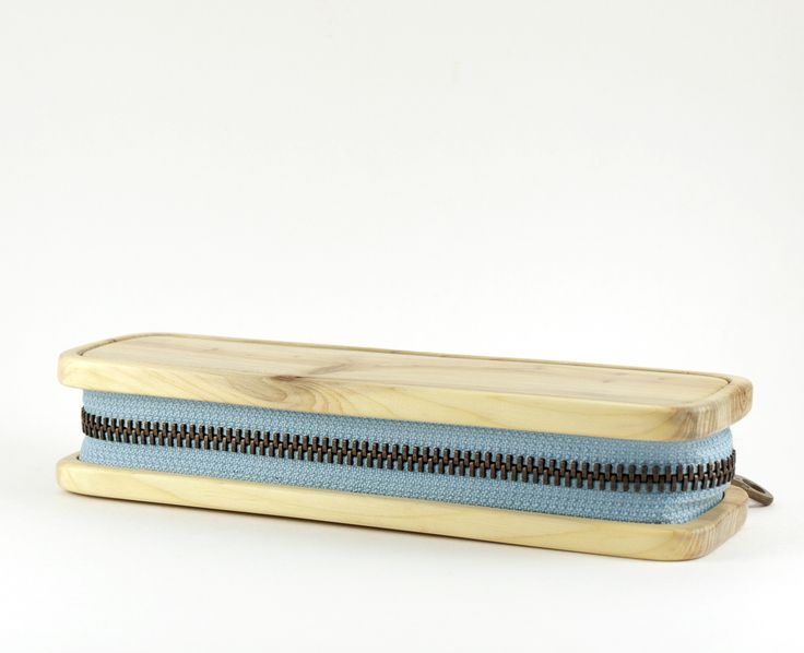 pencil box from juniper, with blue zipper by morgod