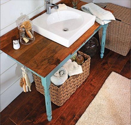 Mesa reciclada para lavabo