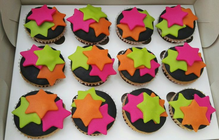 Cupcakes neon!