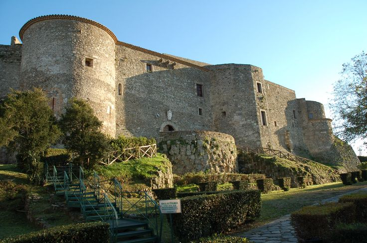 Vibo Valentia - Il Castello Normanno