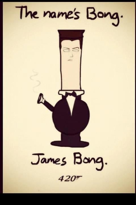 ok, I may not smoke, nor have I ever seen a James Bond movie, but I have to admit...this is pretty darn funny!