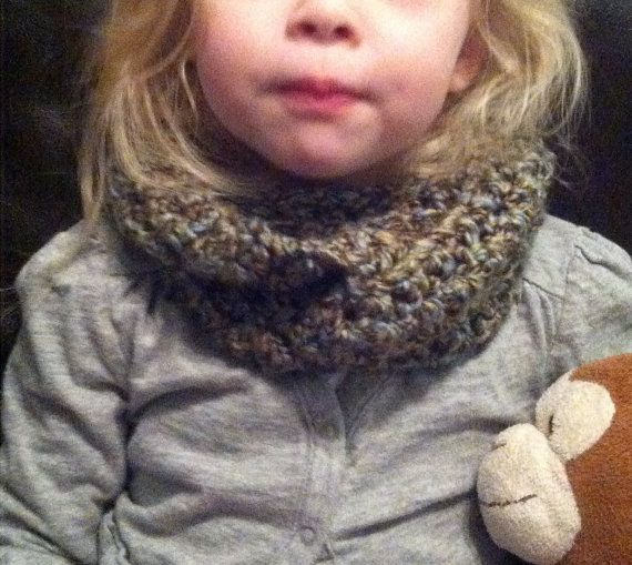 INFINITY scarf for Toddler or Infant handmade by Sophiezhappy, $15.00