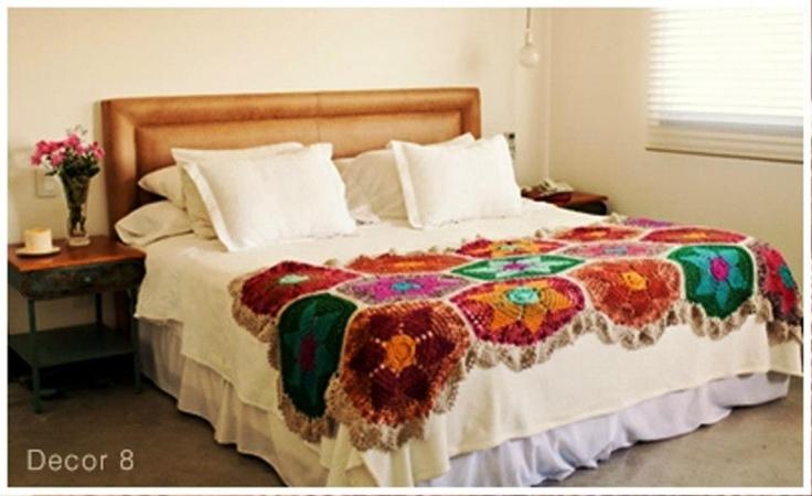 Pies de cama tejidos a crochet imagui for Cubrepies de cama