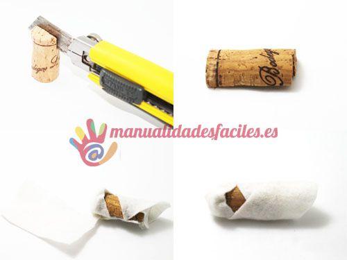 Materiales:      -Fieltro de diversos colores de 1 mm      -Corchos de vino y champagne      -Cuerda      -Pistola de silicona      -Rotuladores negro y rosa