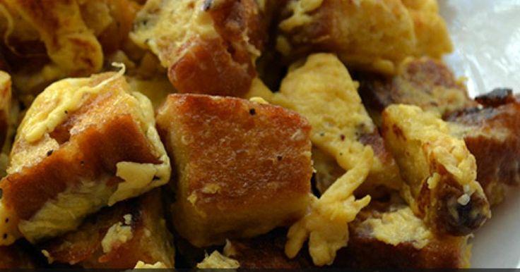 Μια παραδοσιακή ποντιακή συνταγή σας προτείνει σήμερα το pontos-news.gr, ιδανική για τα κυριακάτικα πρωινά! Αξιοποιώντας το εναπομείναν ψωμί των προηγούμενων ημερών και τα πιο απλά υλικά της κουζίνας τους, οι...