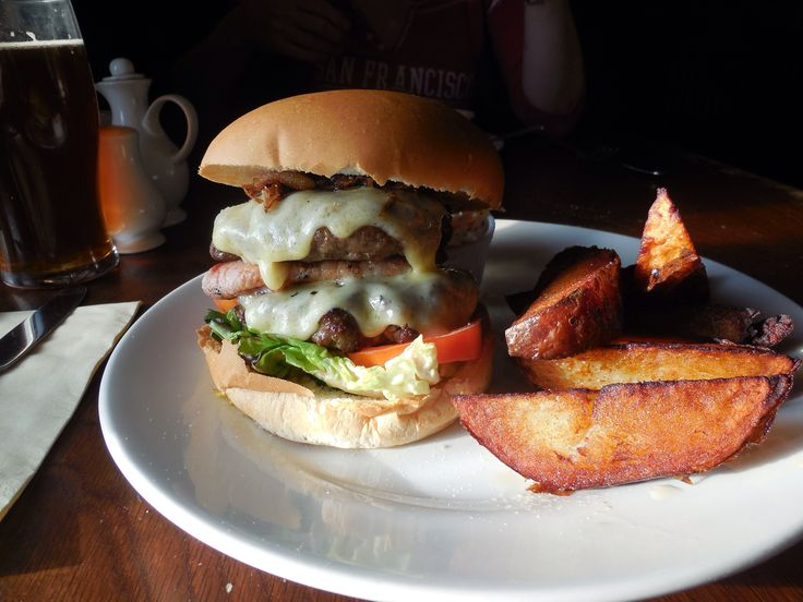 Double Classic Burger - The Anchor - Wadesmill - Hertfordshire, UK