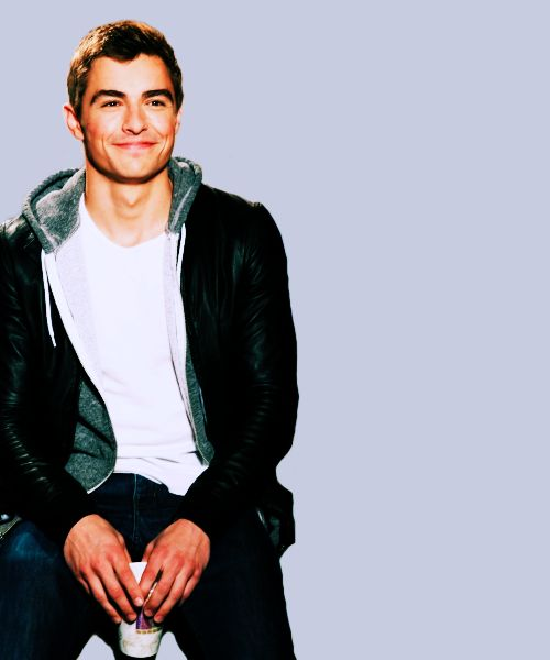 Dave Franco why are you do attractive?