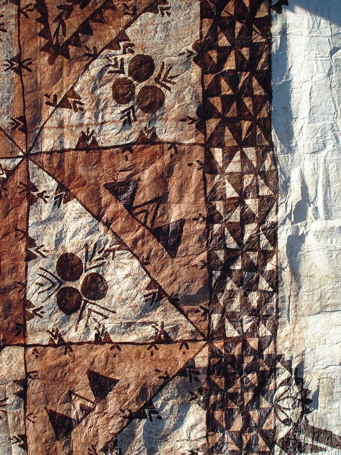 Tongan Ngatu (tapa cloth) shows   Manulua old motif depicts either bird or flower  Fakafo'ihea depicts the eyes of coconut or is it an abstract of male/ female reproductive organs?