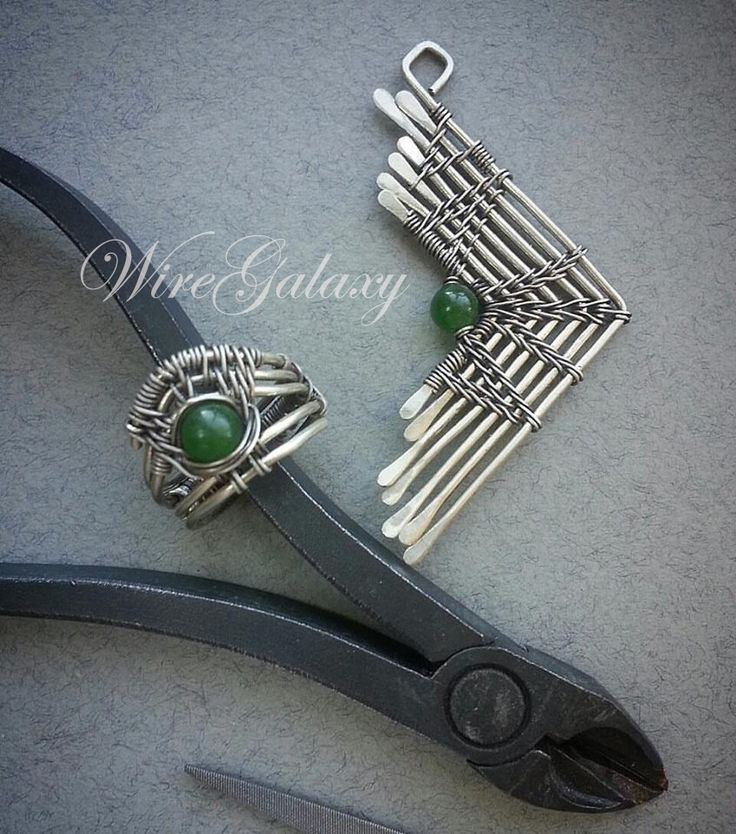 Wirework by WireGalaxy https://www.facebook.com/pg/KaterynaChernenko/photos/ #workshop #jewelry # #wiregalaxy #wirewrapped #studia #artisan #mistic #magic #boho #steampunk #spiritual #jewelry #amulet