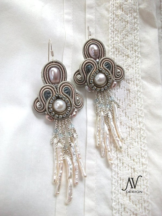 Soutache embroidered earrings Tenderness by AnnetaValious