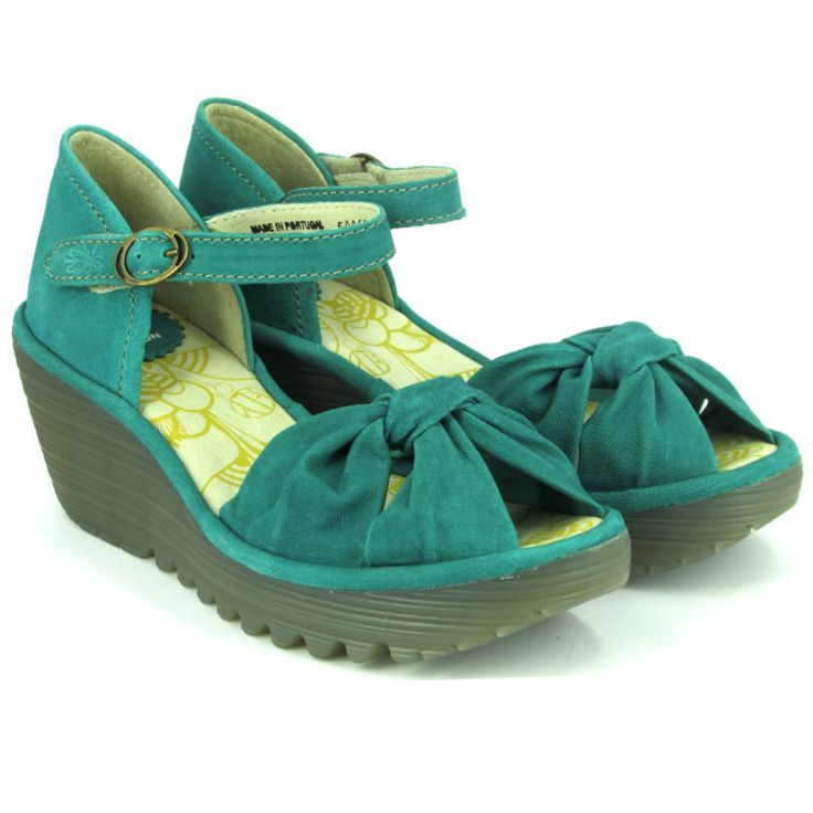Platforms by Fly London ! http://www.verona-shoes.gr/