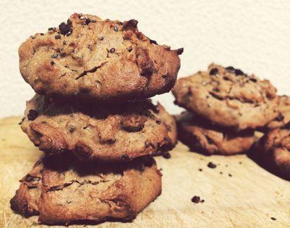 Delicious healthy Gluten-Free Quinoa Cookies  #cookies #healthysnack #delicious #eatforabs #healthyfoodideas #healthylifestyle #foodisfuel #cleaneats #absaremadeinthekitchen #healthyinspiration #strongnotskinny #eathealthy #fitness #healthysnack #healthyfoodshare #instafit #motivation #weightloss #fitnessgirls #gezondeten #lekkereten