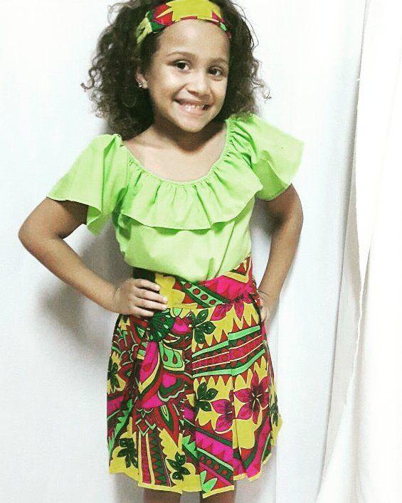 Y que les parece esta hermosa modelito con su outfit completo de Paruma @litabelrod #bandana #camisa #falda #paruma