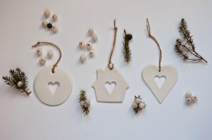 ❍ Porcelain heart ornaments for the festive season by Otchipotchi . October 2013