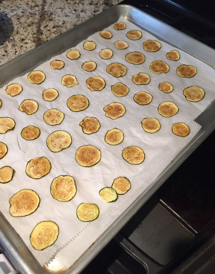 21 Day Fix Zucchini Chips out of the pan