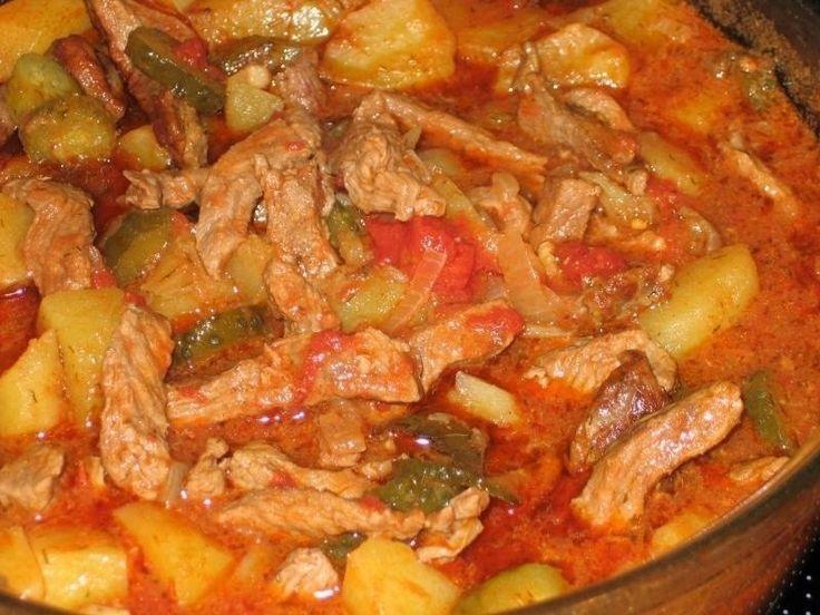 Фото к рецепту: Азу по-татарски