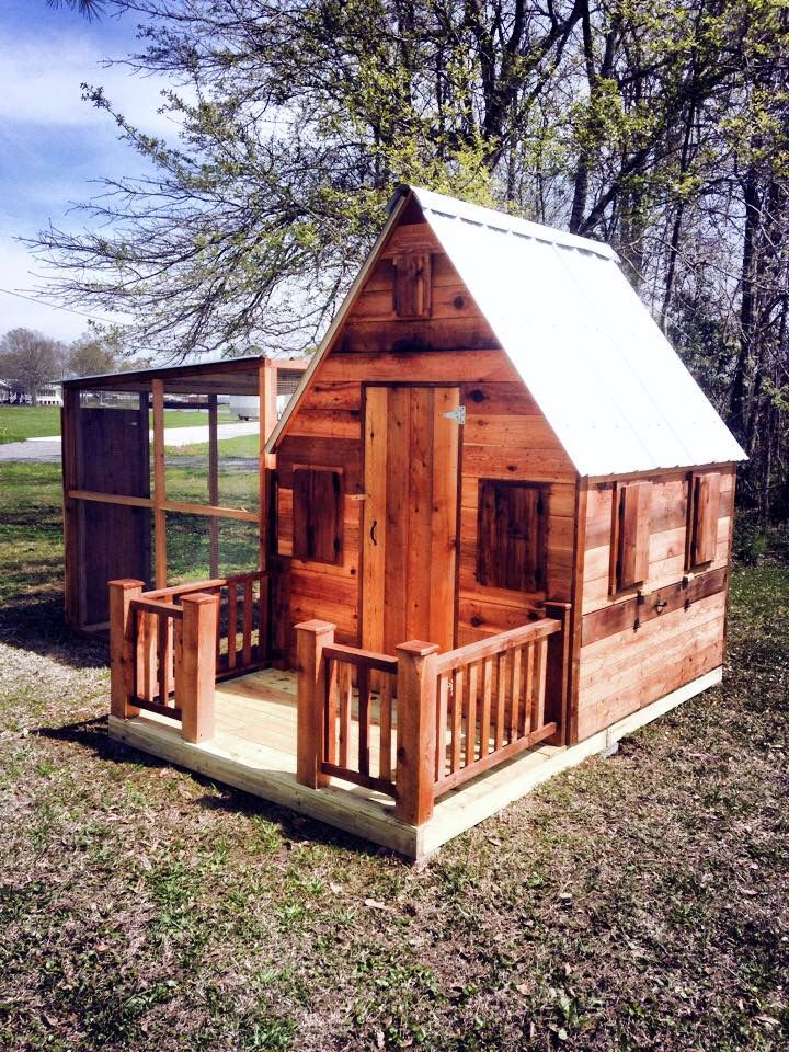 10 best chicken coops images by jon hinojosa on pinterest chicken rh pinterest com river cottage chicken coop cottage style chicken coop