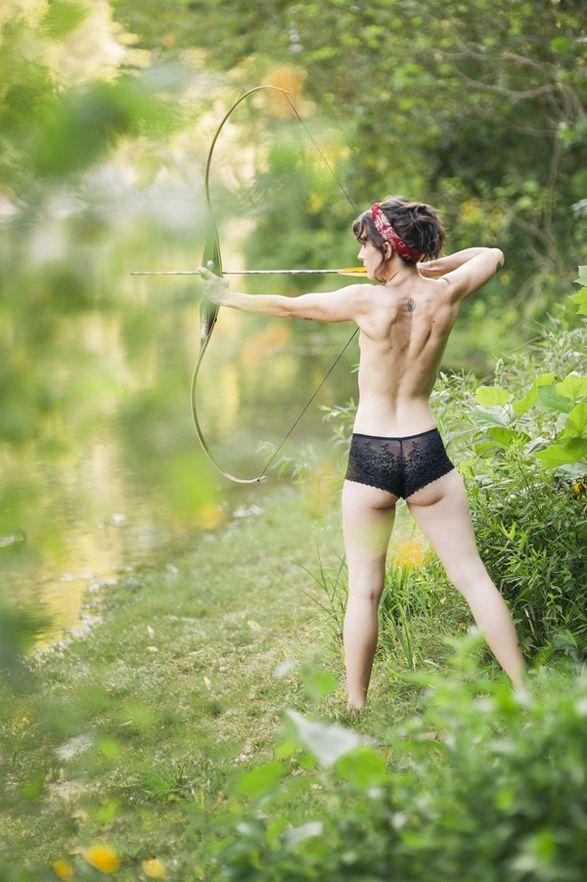 Hot Archery | Late Summer Boudoir Shoot | The Fete Blog